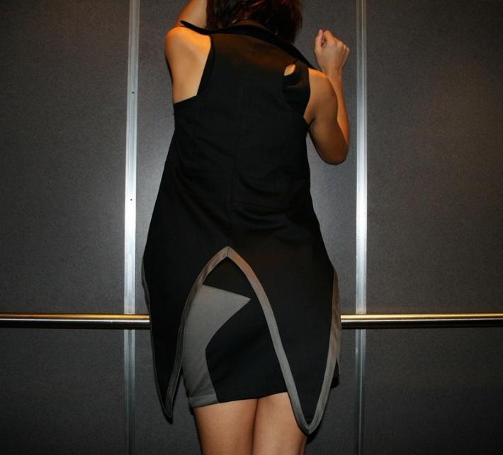 dimepiece-speciality-piece-vest-back